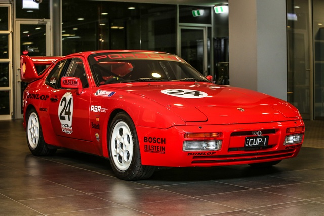 944 cup car club night.jpg