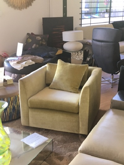 Square Swivel Chair