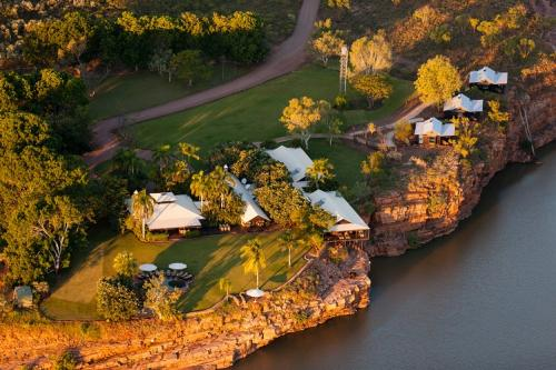 Three Nights B&B at Emma Gorge