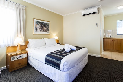 2 Night Superior Room With Kitchenette