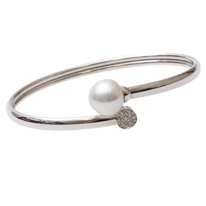 9k WG Australian Pearl & Diamond Bangle