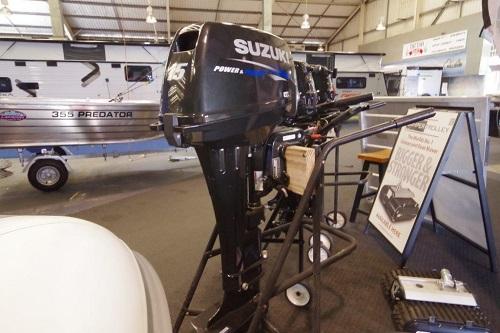 Suzuki 15hp L/S 2 stroke Outboard