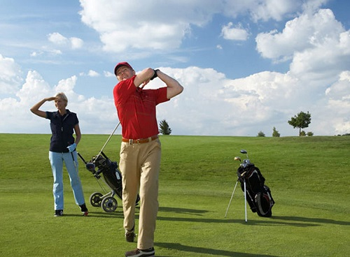 Golf for 2 with cart at Bsn Golf Club