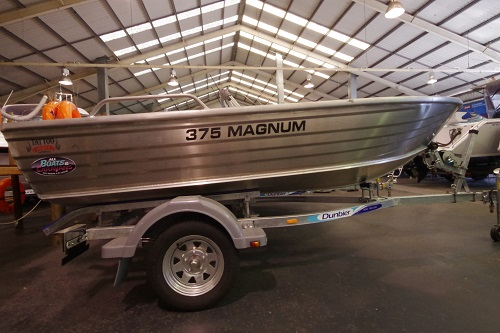 Tattoo Magnum 375 L/S dinghy + Trailer
