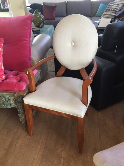 Single feature chair. Italian frame