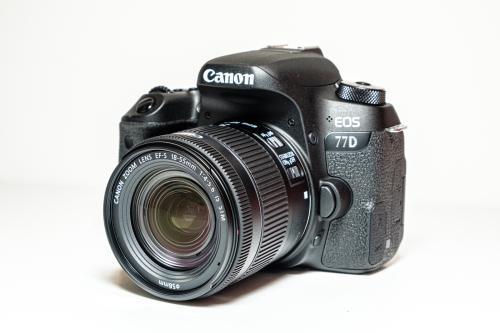 Canon EOS 77D DSLR Camera + 18-55 Lens