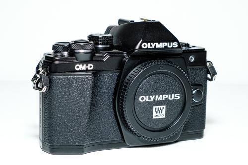 Olympus E- M10 Mk II Black Compact Pro