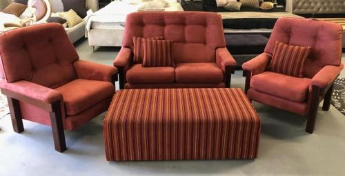 2 Seater with 2 Chairs