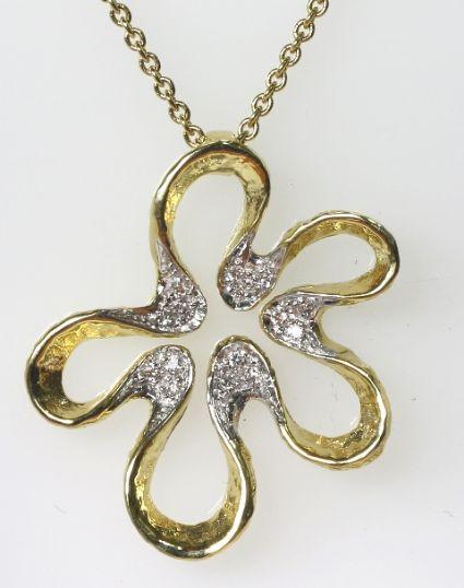 18ct Y/G Diamond set flower necklace
