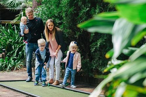 Family Pass for a fun 36 holes of Botanic Garden Mini Golf and delicious wood fired pizzas