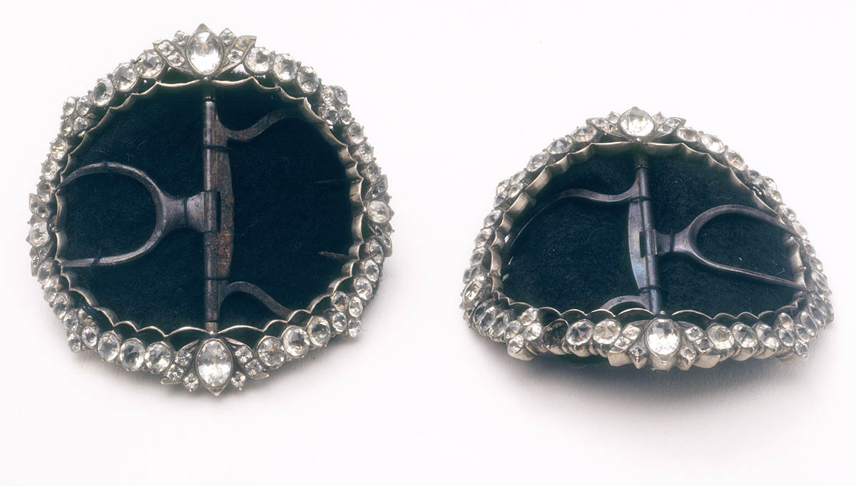 Shoe buckles from family of James Cook, for court wear