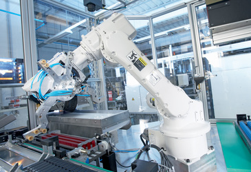 Safety solutions for intelligent human-robot collaboration