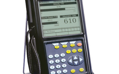 GE Panametrics PT878T portable non-contact liquid flow meter