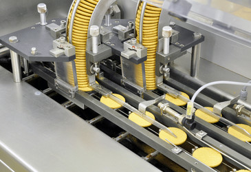 Smart manufacturing in the food and beverage industry
