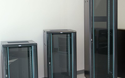 Rack World Systems 007 series server racks and cabinets