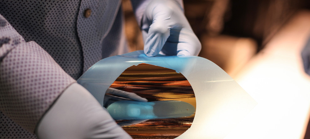 Graphene 'copy machine' to produce cheaper wafers