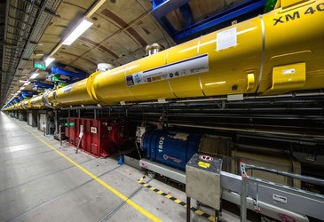 World's biggest X-ray laser generates first light