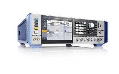 Rohde & Schwarz SMA100B RF and microwave signal generator