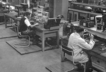 What did a 1950s radio workshop look like?