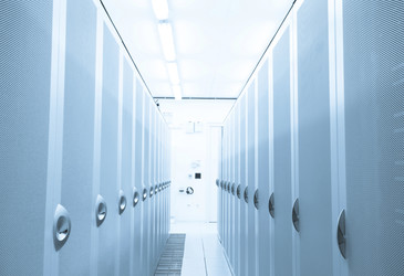 Managing airflow in a data centre