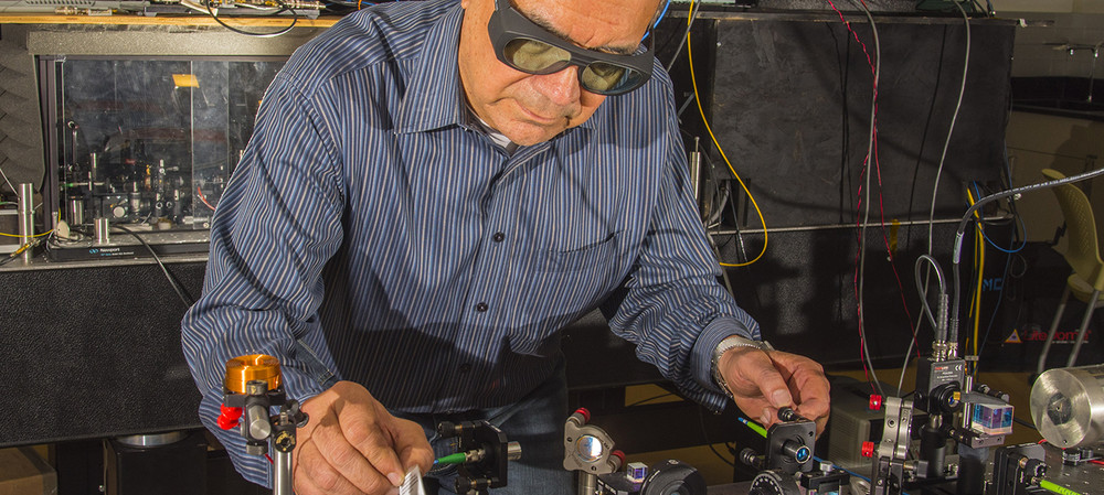 Quantum radio for better indoor comms