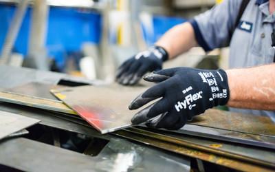 Ansell HyFlex 11-542 F cut glove