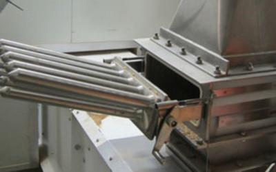 MAGNATTACK RAPIDCLEAN sanitary magnetic grate system