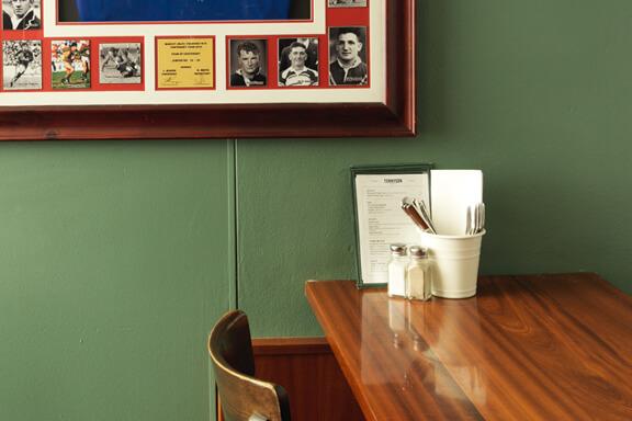tennyson-hotel-melbourne-cup-venue-tile