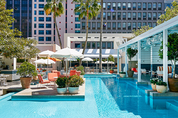 ivy-pool-club-melbourne-cup-venue-tile