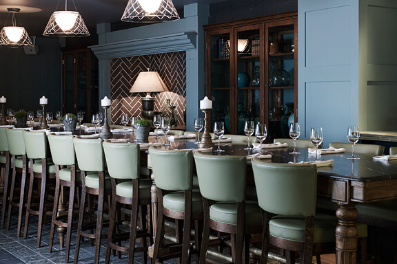 hotel-centennial-high-table-melbourne-cup-venue-tile