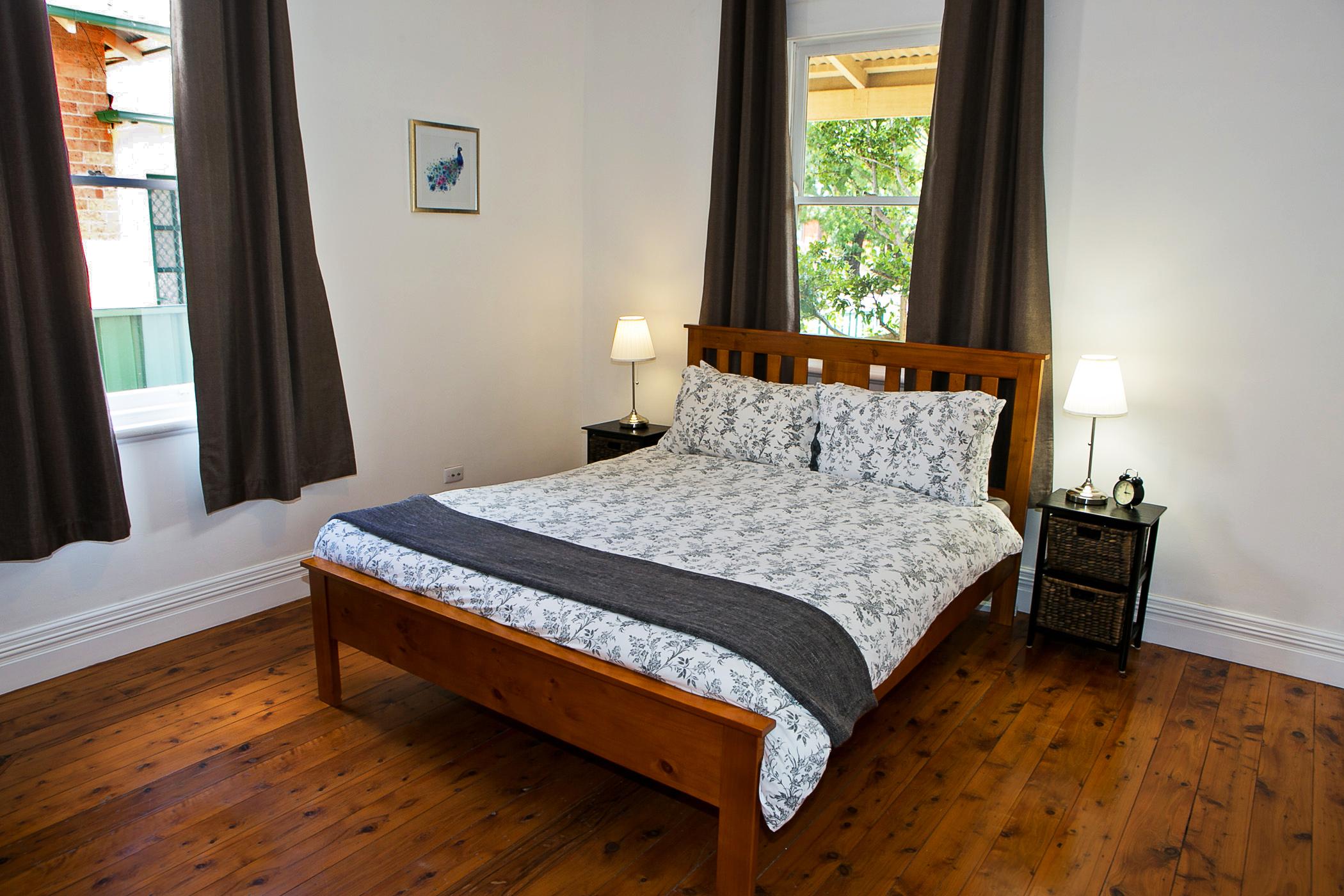 Dreamer's Cottage - Main Bedroom gallery image