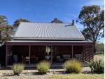 Top of the Range Jindabyne - Pet Friendly Accommodation - Jindabyne, NSW