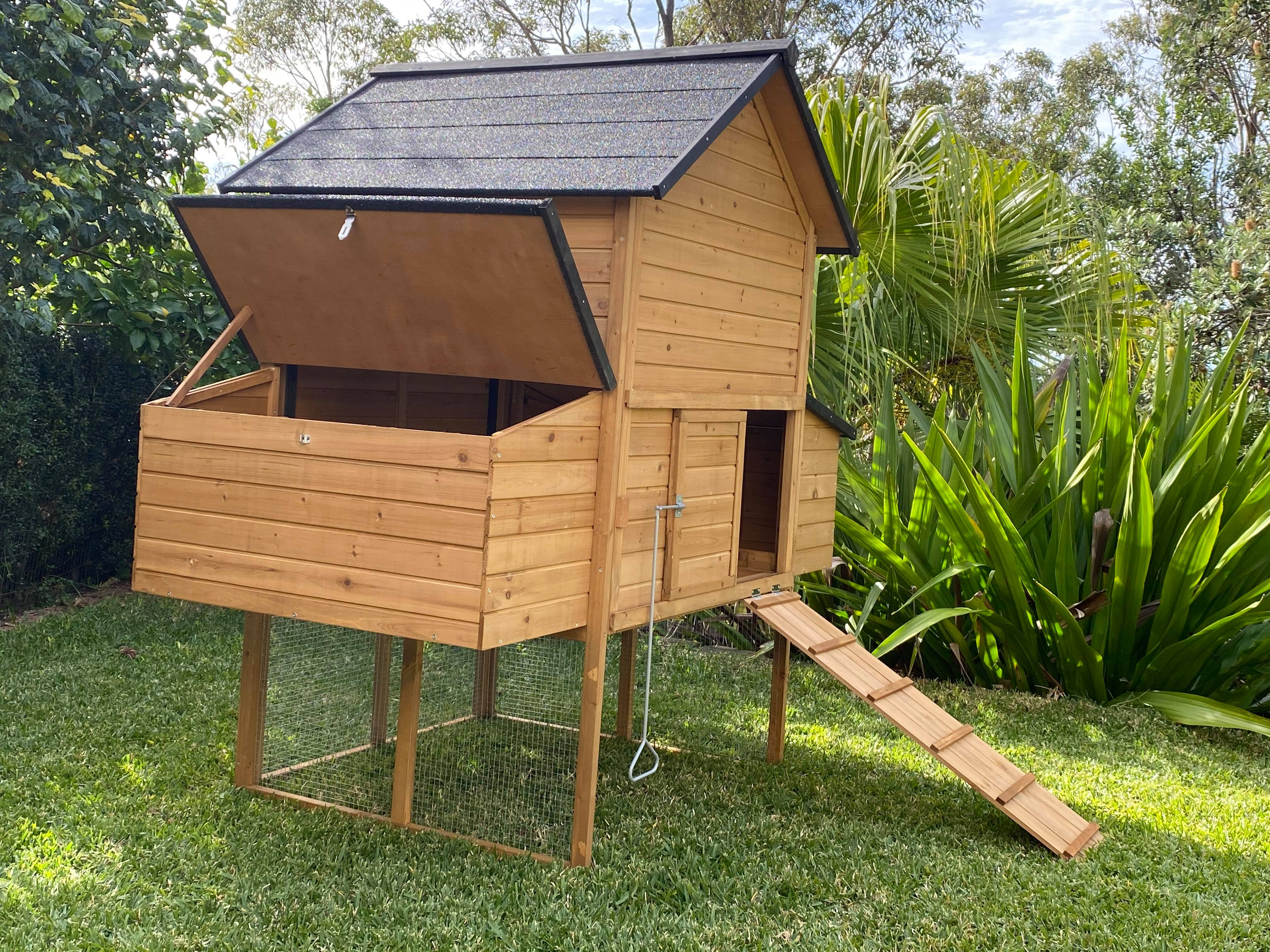 Cabana Chicken Coop without ramp gallery image
