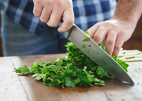 Knife chopping