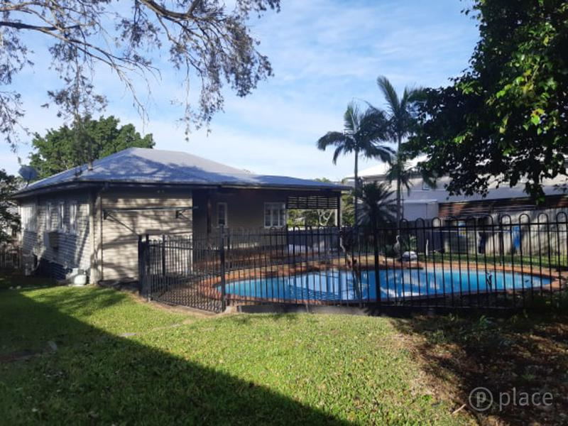 5 little street, everton park qld 4053 - house leased