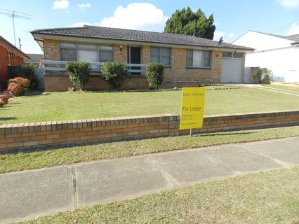 8 Hoys Rd, Lansvale NSW 2166-1