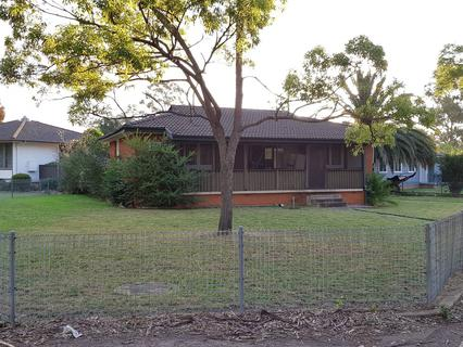 10 Mudie Place, Blackett NSW 2770-1