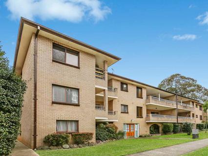9/1 Shaftesbury Street, Carlton NSW 2218-1