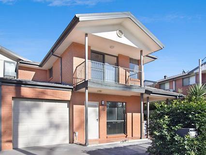 5/11 Saywell Road, Macquarie Fields NSW 2564-1