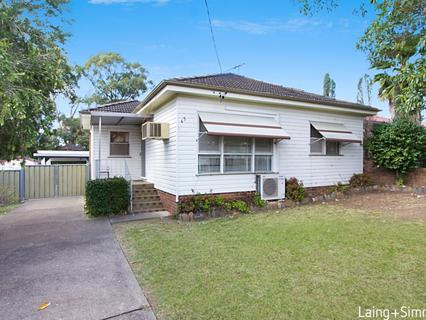 65 Bungaree Road, Toongabbie NSW 2146-1