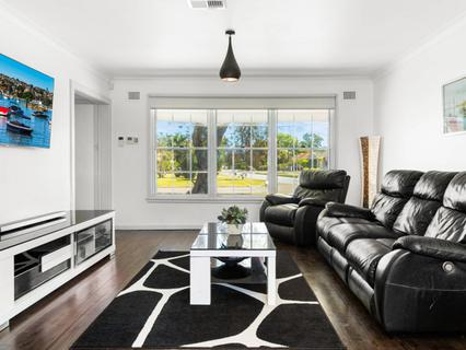 124 Belgrave Esplanade, Sylvania Waters NSW 2224-1