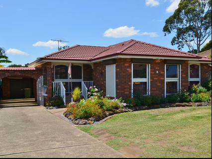 5 Gray Place, Wetherill Park NSW 2164-1