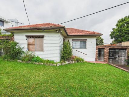 37 Constitution Road, Constitution Hill NSW 2145-1