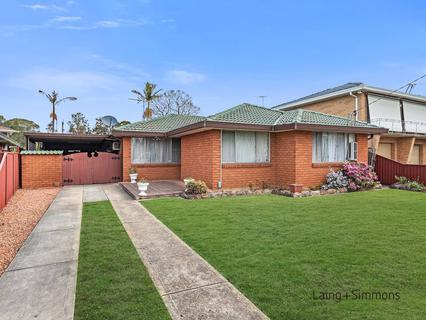 9 Yoogali Street, Merrylands NSW 2160-1