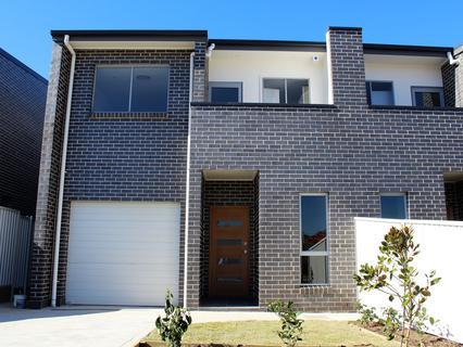 Lot 943 Little John Street, Middleton Grange NSW 2171-1