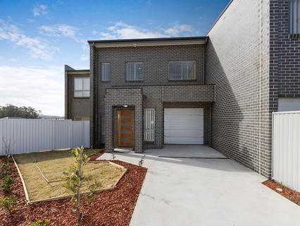 Lot 945 Little John Street, Middleton Grange NSW 2171-1