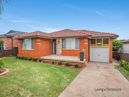 82 Cumberland Road, Greystanes NSW 2145-1