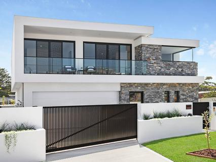 11 Peregrine Drive, Greenhills Beach NSW 2230-1
