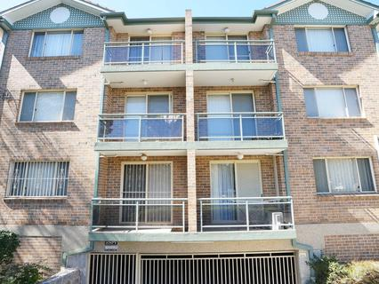 4/71 Cairds Ave, Bankstown NSW 2200-1