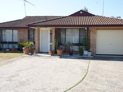 50 Hasluck Rd, Bonnyrigg NSW 2177-1